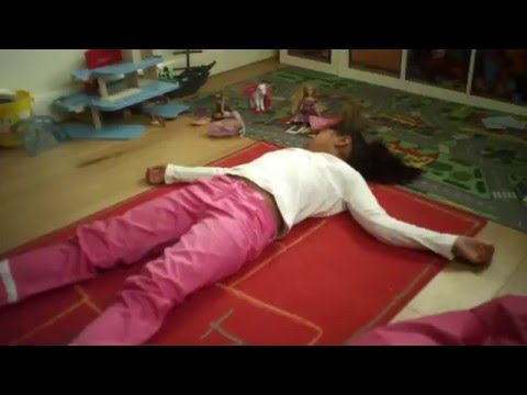 Children First Aid: Unresponsive and breathing child