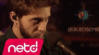Download Ufuk Beydemir - Ay Tenli Kadın (Akustik) Video
