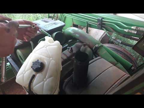 John Deere 2155 - Thermostat overheating