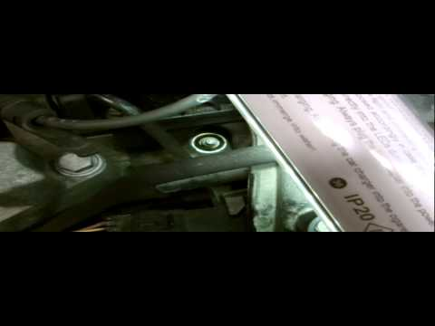 RENAULT CLIO SPARK PLUG REMOVAL.
