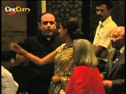 Xxx Mp4 Saif Kareena Wedding Reception 3gp Sex