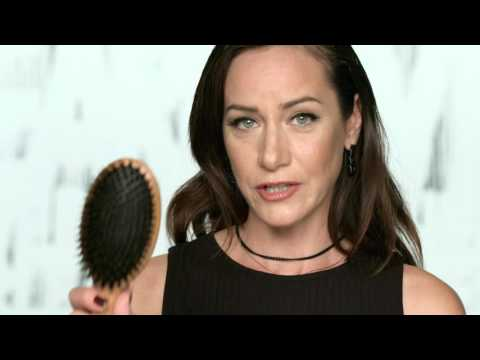 Side Swept Waves Red Carpet Hairstyle Tutorial with Chiala Marvici