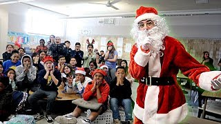 VISITING MY OLD SCHOOL AS SANTA CLAUS! (SURPRISING FANS IN CLASS)