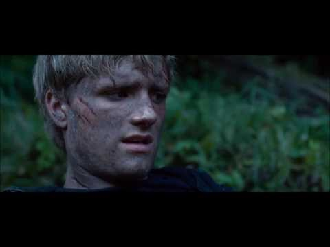 The Hunger Games: Katniss rescue Peeta [HD]