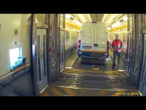 Getting on Eurotunnel Le Shuttle/Train