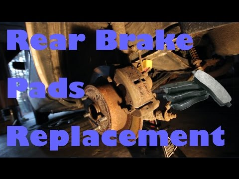 Rear Brake Pads Replacement on a '96 Toyota Camry LE