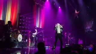 Kesha Let Em Talk live full performance: Rainbow Tour 2017 - Boston
