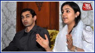 Shatak Aajtak: Aparna Yadav And Husband Prateek Yadav Meet CM Yogi Adityanath