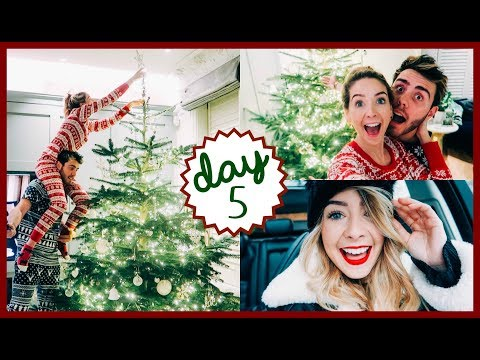 DECORATING THE TREE & LUNCH DATE   VLOGMAS