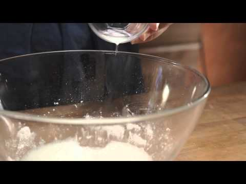 How to Make Cookie Icing
