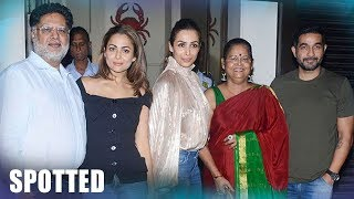 Malaika Arora And Sister Amrita Spotted With Their Parents For Dinner At A Restaurant