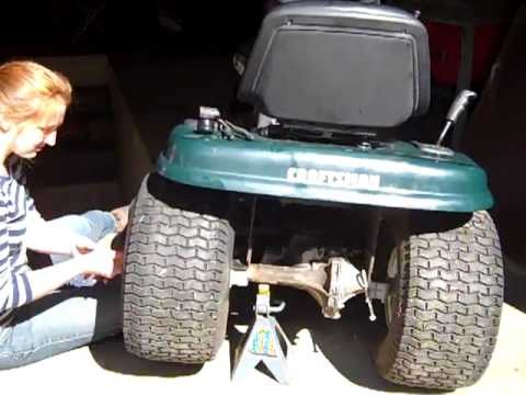 how to remove a tire from a craftsman mower