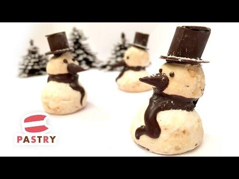 Chocolate & Meringue Snowman - Easy Cake Decorations Ideas