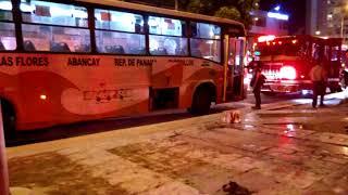 Alcalde de Miraflores dijo que incendio en bus fue ocasionado por ataque a mujer