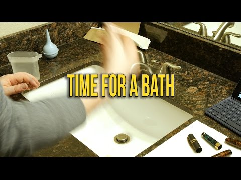 Time for a Bath | Cleaning my backlog of pens