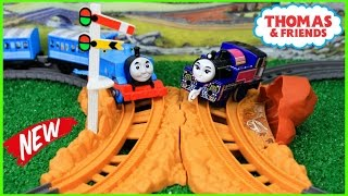 THOMAS AND FRIENDS TRACKMASTER HEAD TO HEAD CROSSING |Thomas Train| Thomas & Friends Toys Trains