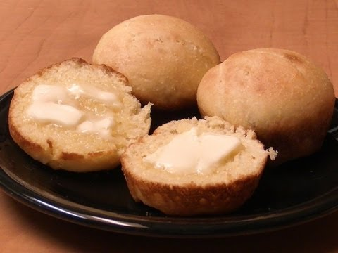 Cornmeal Yeast Rolls