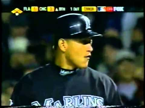 Cubs vs Marlins 2003 - NLCS Game 6  (8th inning highlights)