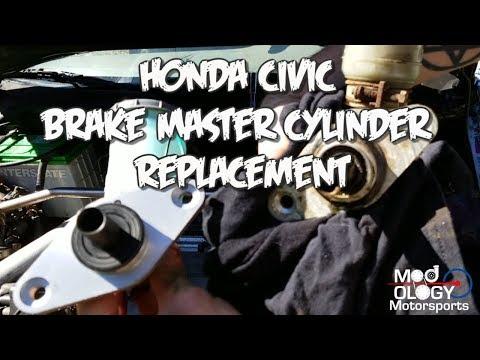 Honda Civic Brake Master Cylinder Replacement