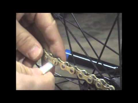 How to remove a bicycle chain with a master link