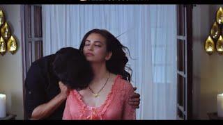 Raaz reboot Kriti kissing romantic bed scene Emraan hashmi