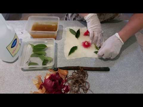 How to eco-print felt with leaves and dye - full process