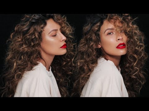 HOW TO GET NATURAL LOOKING CURLS | DESI PERKINS
