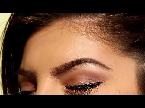 Everyday Eyeliner Tutorial - Eyeliner Trick