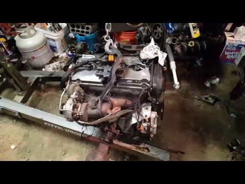 PULLING THE PT CRUISER TURBO MOTOR PT.2 (how to srt4 swap)