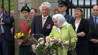 Queen kickstarts lighting of her 1,000 birthday beacons