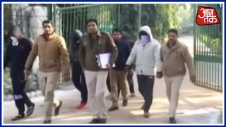Gang Arrested For Misusing Police Uniform For Loot In Outer Delhi