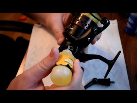 How to clean and oil a spinning reel