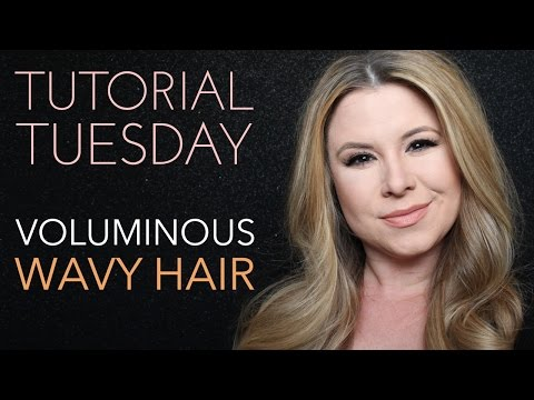 Tutorial Tuesday - Get The Look: Voluminous Wavy Hair