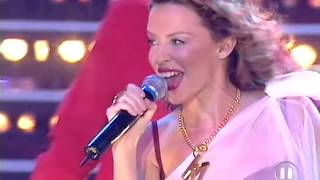 Kylie Minogue - Can't Get You Out Of My Head (MTV 11.08.2001)