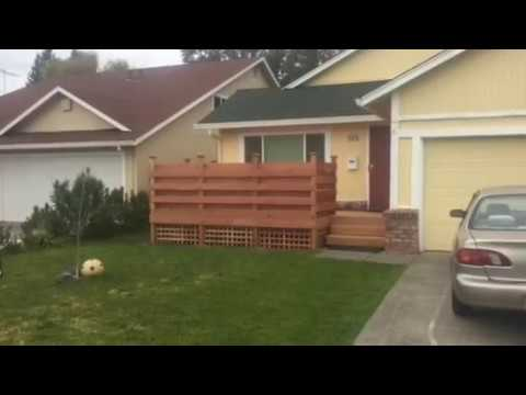 Redwood Deck with Horizontal Rail-boards