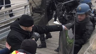 Boxing champion filmed 'punching' police officer