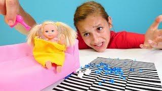 Download Chelsea gölete düşüyor! Barbie ailesi. Kız oyunları ve oyuncakları Video