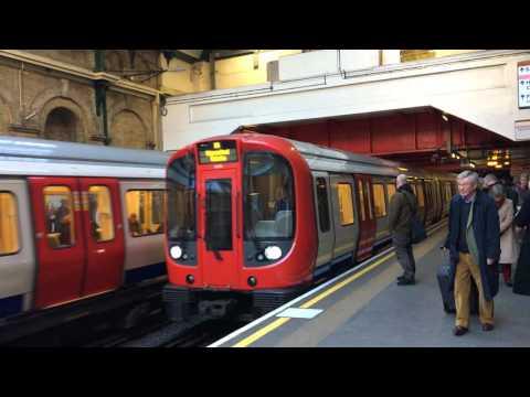 Paddington Station | Circle Line Train