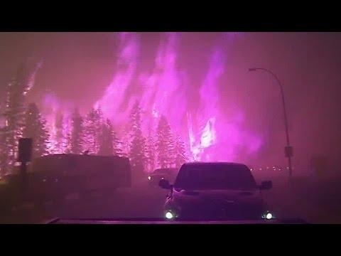 Man records harrowing fire evacuation in Canada