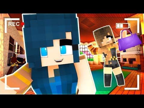 Minecraft - MOVING INTO MY NEW MANSION!! (Minecraft Roleplay)