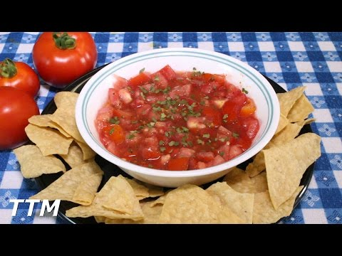 Easiest Salsa in the World~How to make Salsa~Fresh Homegrown Tomato Recipe