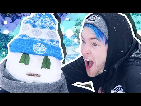 HOW TO BUILD A DANTDM SNOWMAN!!!