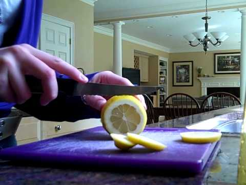 DIY: Lemon Hairspray