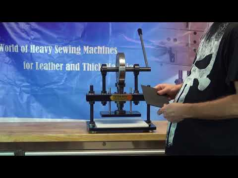 CowBoy 8160 Manual clicker and embossing machine