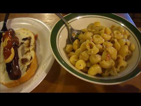 Sugardale Jumbo Hot Dogs & Specially Selected Sun Dried Tomato & Mascarpone Mac & Cheese