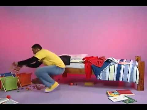 Film vizatimor për fëmijë (Anglisht) - Baba ALI duke pastruar dhomën