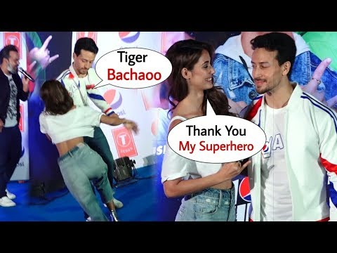 Xxx Mp4 Tiger Shroff Saves Disha Patani From Falling On Stage At Launch Of Pepsi New Anthem Best Moments 3gp Sex