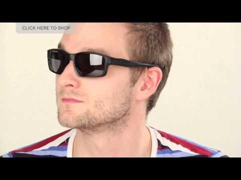 Oakley Chainlink Polarized 009247 Sunglasses Review | SmartBuyGlasses