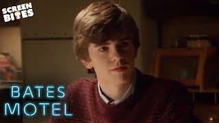 Giving Norman 'The Talk' | Bates Motel | SceneScreen