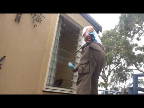 CLEANING GLASS LOUVRES